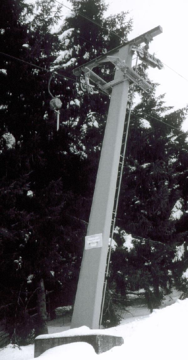 Doppelmayr schr�ge T-St�tze in der alten Ausf�hrung