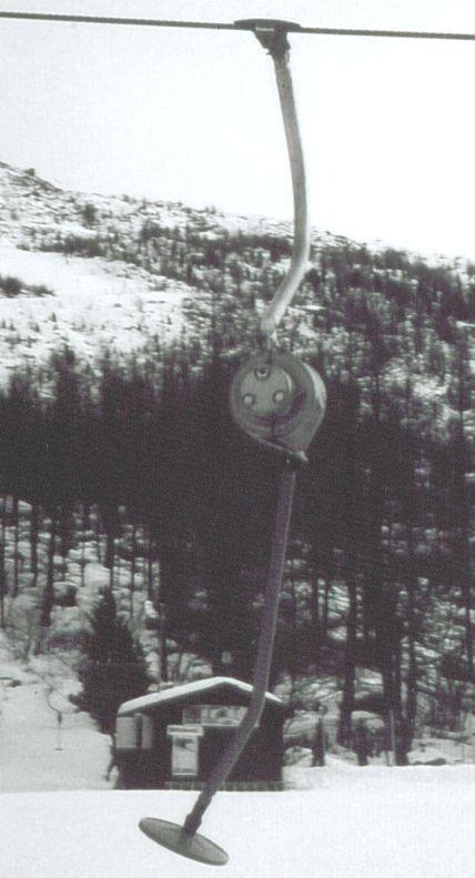 Seite mit der Hydropumpe. Vergleichbare Bauweise wie beim BSG 77 von Borer.