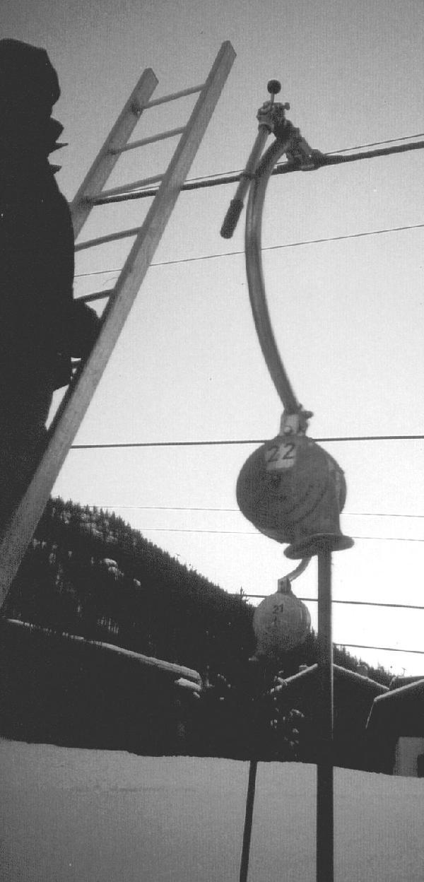 Der Exzenterschl�ssel in der Stellung, in der die Seilklemme ge�ffnet ist.