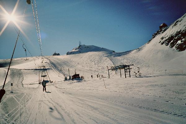 Die Bergstation sowie der Schhlepplift