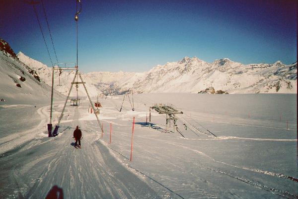 Aus dem SL Testa 1 die Bergstation vom SL Gandegg rechts