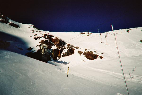 Bergstation am Fels